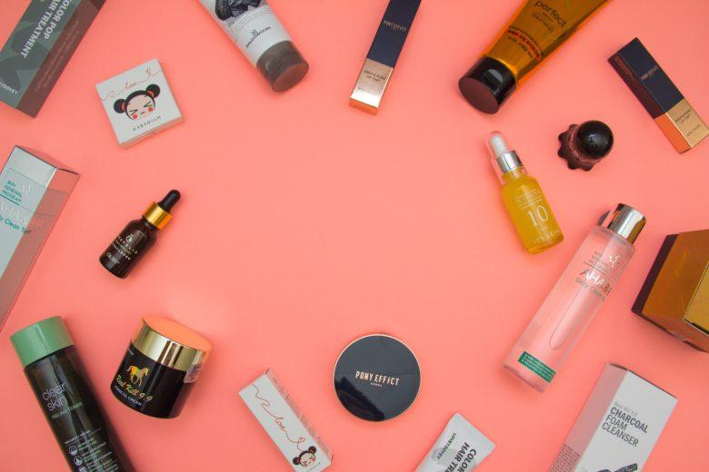 「【あなたの髪に合うかも!!】美容師が選んだ厳選ヘアケアブランド8選」のアイキャッチ画像